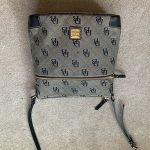 Dooney and Bourke purse